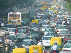 Our roads cater to all kinds of vehicles unlike the homogeneous traffic of Western countries. Image: Wikicommons