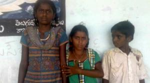 Bukya Syamulamma has been left all alone to take care of her younger brother and sister .