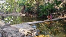 एक मन्दिर और छोटा सा सरोवर नांडूवाली नदी के उद्गम स्थल को चिन्हित करते हैं.